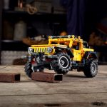 Jeep Unveils Lego Version of Wrangler Rubicon